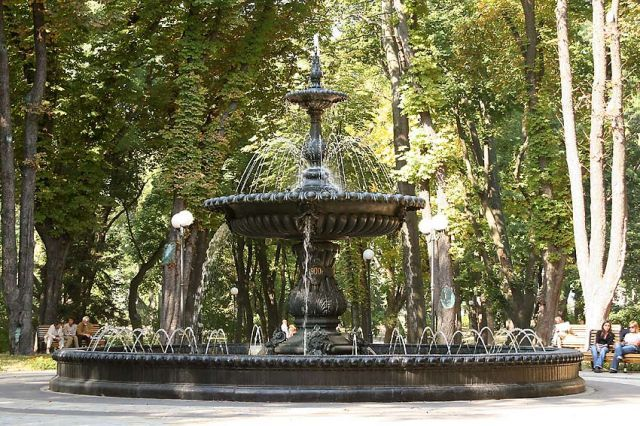 маріїнський парк, реконструкція, антимайдан